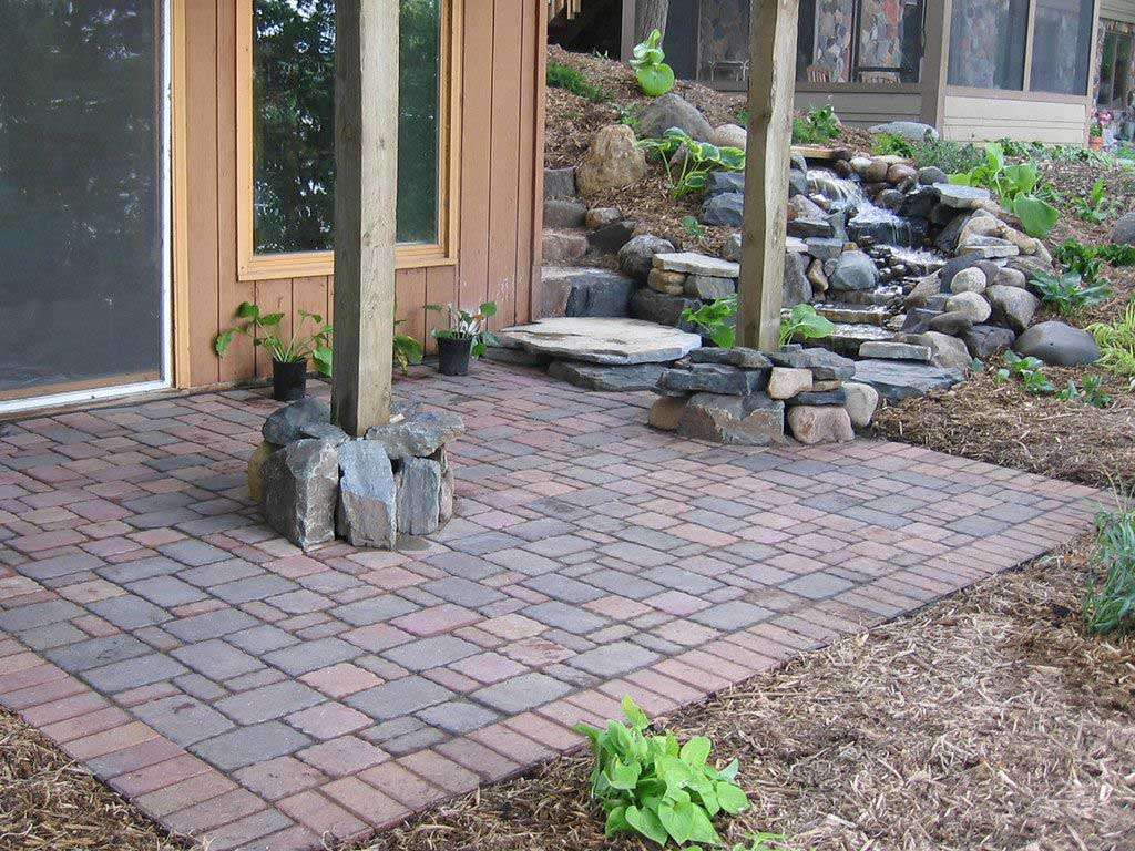 Need some durable pavers for your driveway? If you are in search of a contractor for a driveway paving in Jacksonville FL, you should be contacting us first! Our paver installation company in Jacksonville is locally recognized for our expertise and hard work on the job. We provide the most amount of value from our paver installations than what you can find from our competitors. For a long lasting patio or driveway installation in Jacksonville, call the Paver Guys of Jacksonville today!