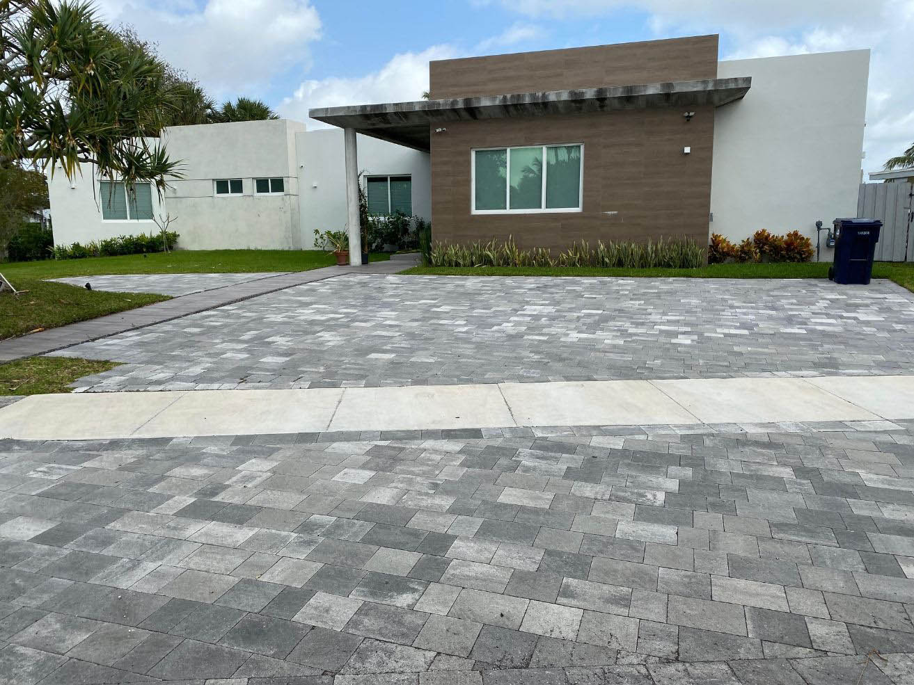 driveway paver installation experts in Jacksonville Florida